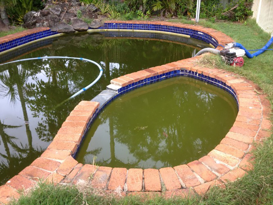 Photo of the pool before, Birkdale pool restoration