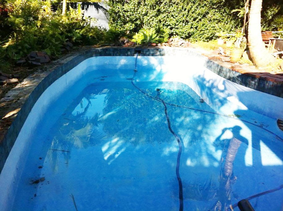 Photo of the pool before, Birkdale pool renovation