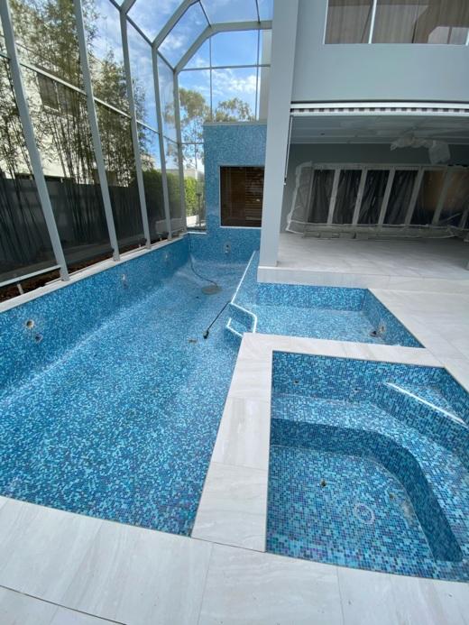 fully tiled pool hope island